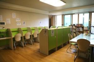 Study cubicle 1