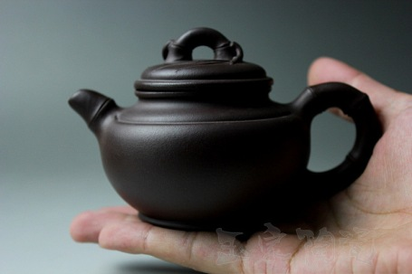 korean teapot